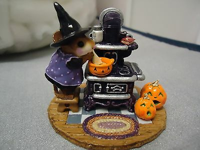 Wee Forest Folk  M-185a The Old Black Stove Halloween Ltd. Ed.