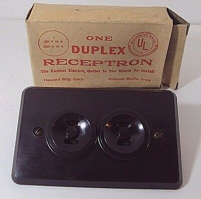 """1940 Brown Bakelite Duplex Electric Outlets Howard Mfg.""""receptron"""" New Old Stock"""
