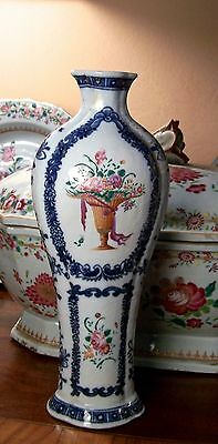 Chinese  Export  18Th Century Vase Famillle Rose