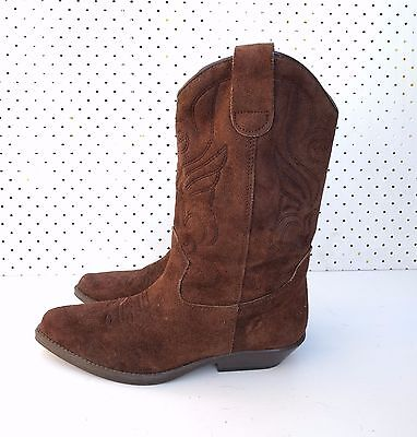 Size 38 Vintage Ladies Western Cowgirl Cowboy Brown Suede leather boots