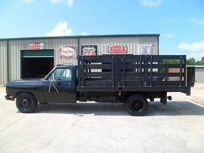 1984 Dodge Other Pickups -- 1984 Dodge Flatbed Truck 70,645 Actual Miles 5.9L/360 Engine 4 Speed Manual LOOK
