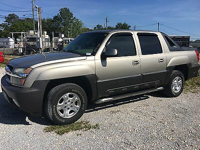 2003 Chevrolet Avalanche LT 2003 Chevrolet Avalanche 1500 4WD--Leather--Loaded--Rear Entertainment