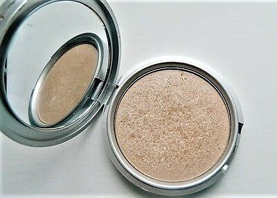 The Balm Mary Lou Manizer