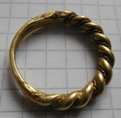 Viking period gold crimped ring big size 7.75g