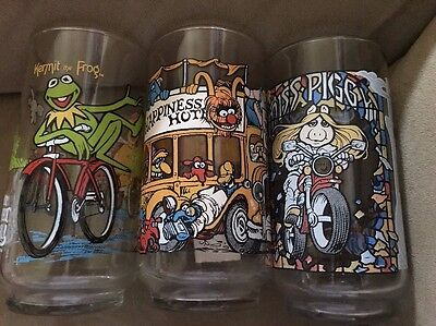 lot of 3 Muppet Glasses  Kermit the Frog Miss Piggy Muppet Caper  Complete