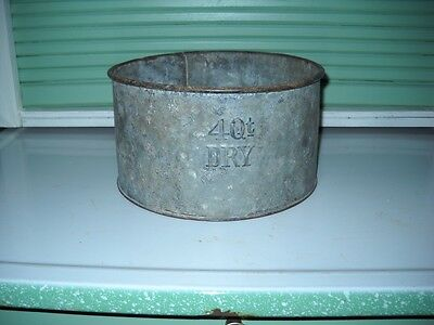 "Galvanized Steel Four Quart (4 Qt.) Dry Measure - 9"" diameter"