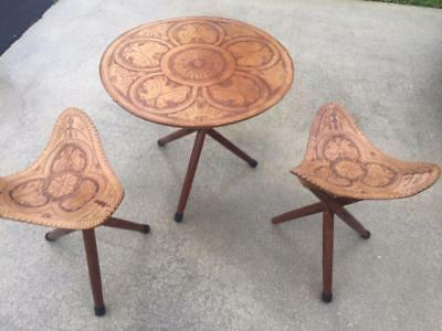 Vintage 1960S Hand Tooled Leather  Ranchman Outfitters Table & 2 Stools
