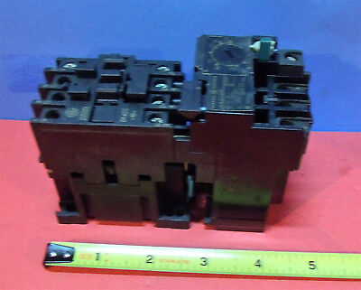 General Electric Contactor CR4CC with Overload Relay CR4 G1 WM   {348]