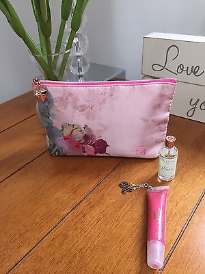 Ladies Ted Baker Stunning Floral Make-Up Bag Gift Set *New*  Birthday