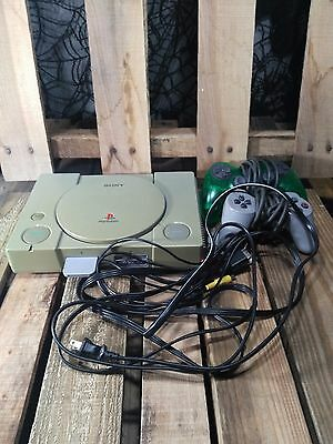 Sony SCPH-5501 PlayStation One PS1 System Console Bundle