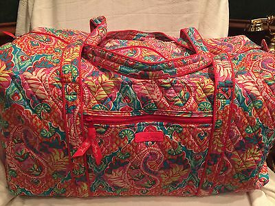 VERA BRADELY   Large Duffel Travel Bag in Paisley in Paradise-NWT