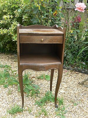 Lovely Little French Oak Bedside / Lamp Table Cabinet Ideal Painting
