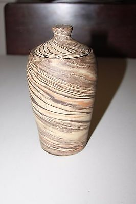 Evans or Niloak Pottery Mission Swirl Broad Shouldered Brown Vase With Lid Rare