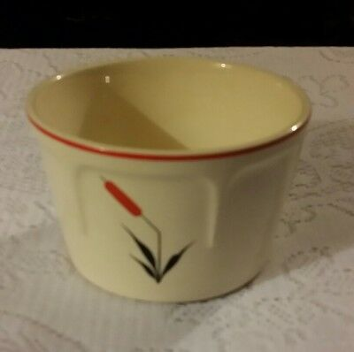 Vtg Universal Potteries Cattail pattern Oven Proof Casserole Canister