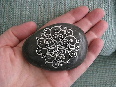 """New Large Natural River Rock French & Celtic Style """"circle Of Life"""" Palm Stone"""