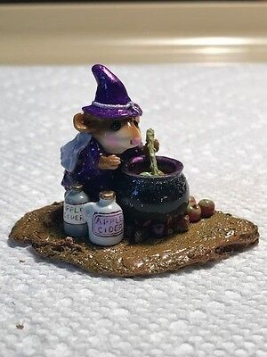 Wee Forest Folk Something's Brewing, Purple Costume, Retired
