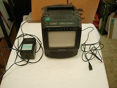 Sony Color Watchman FDT-5BX5 Color CRT TV - AM/FM Tuner A/V Inputs