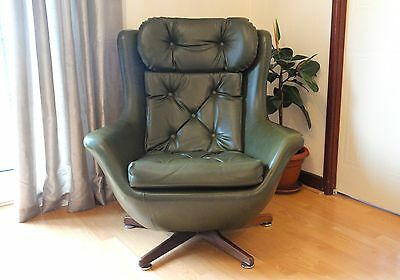 Mid Century Retro 1960s/ 70s G Plan Swivel Egg Chair