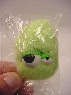 Kinder Surprise Egg Monster Green Finger Puppet (Lot#KS26) Ferrero Magic '2000