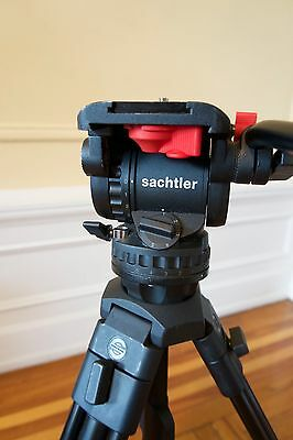 Sachtler Professional DV6 Tripod System with Ball-leveling Fluid Head