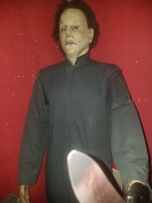 Life Size Michael Myers Halloween Movie Prop Memorabilia Horror Statue