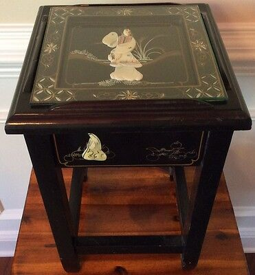 Small Asian Black Lacquer Table W Drawer Mother Of Pearl Lady Glass Top Vintage