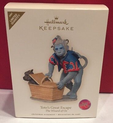 Wizard Of Oz Toto's Great Escape 2007 Hallmark Ornament Flying Monkey With Box