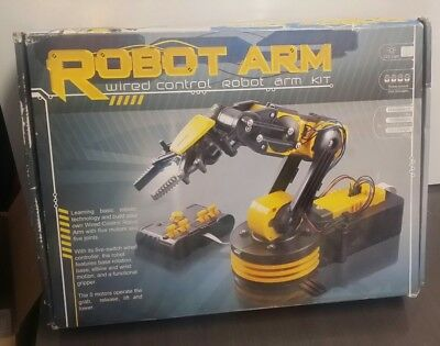 ROBOT ARM: Wired Control Robot Arm Kit (Been In Storage Since Bought New)