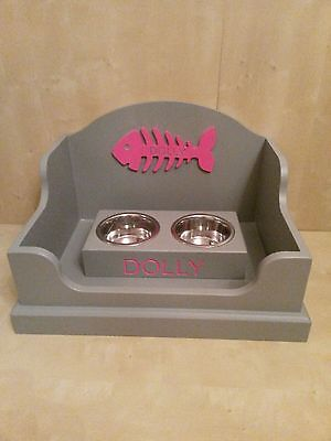 Wooden Personalised Cat Bed And Matching Double Bowl Feeding Station Engraved