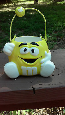Collectible Galerie Yellow M&M Ceramic Candy Dish Bowl Basket