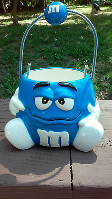 Collectible Galerie Blue M&M Ceramic Candy Bowl Basket