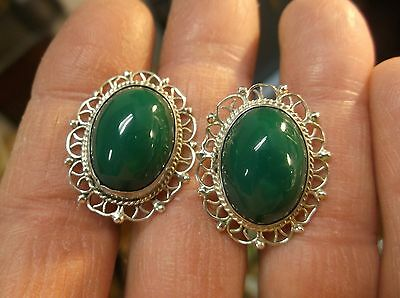 #3 of 28, BEAUTIFUL PAIR OF VTG MEXICAN MADE SCREWBACK EARRINGS, GREEN BAKELITE