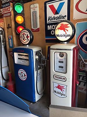"Vintage MOBILGAS Mobil Tokheim Model 39 ""SHORT"" Electric Gas Pump"