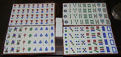 148 Mah-Jong Set - Pink and white Tiles