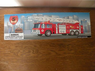 TEXACO 1997 RED AERIAL TOWER FIRE TRUCK 1:35 SCALE No. 5 IN SERIES-MIB