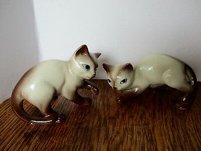 "Vintage Porcelain 2 Siamese 3.5"" Kittens Blue Eyes Brown Points -- MEOW!"