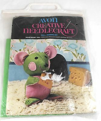 Avon Creative Needlecraft Doll Making Kit House Mouse with Cheese New Sealed
