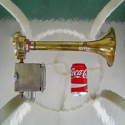 Vintage Brass Ship's Air Horn