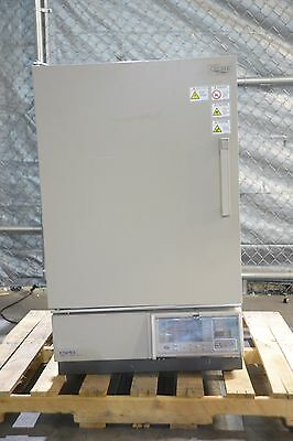 ESPEC LHU-113 Benchtop Temperature Humidity Environmental Chamber -20c- 85c Oven