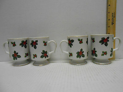 Set of 4 Vintage LEFTON Holly Berries Porcelain China Footed Coffee Tea Cups