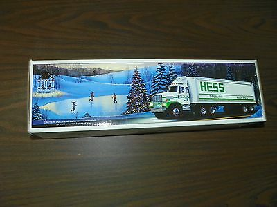 NEW VINTAGE 1987 HESS TOY TRUCK / TRUCK BANK with Barrels IN ORIGINAL BOX