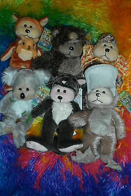 2007 Outback Adventure Redemption Bears MINI set