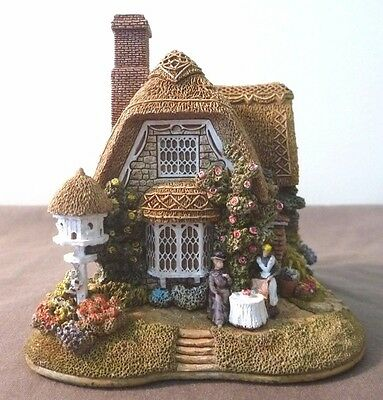 """Lilliput lane house """"Strawberry Teas"""" #12158, with 'Deed'"""