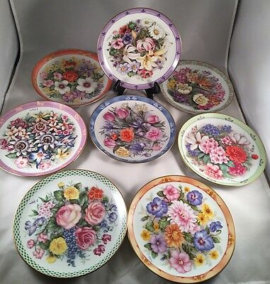 'Bouquets of the World' The Danbury Mint Collectors Set Of 8 Plates