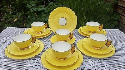 18 x Aynsley Butterfly Lemon Yellow 1209 tea service *Cups A/F