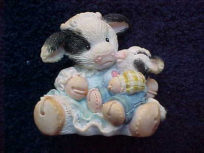 Mary's Moo Moos An Eggspression of Love #104906 cow figurine 1994 Easter