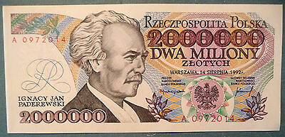 POLAND 2 000 000   ZLOTYCH UNC ERROR  NOTE , P 158 a, ISSUED 14.08. 1992, • $54.85
