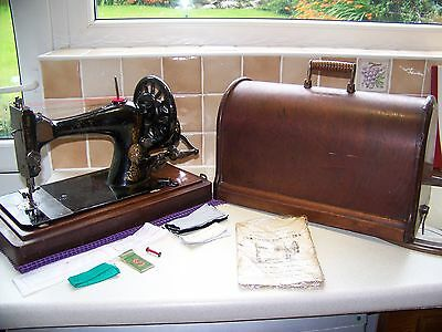 New York Antique Approx 1903 Singer 27/28K Heavy Duty Hand Crank Sewing Machine