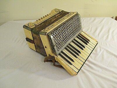 Turn of the Century HOHNER 2 octave accordion