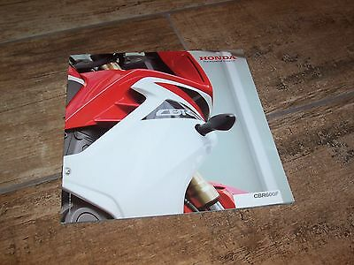 Catalogue /  Brochure HONDA CBR 600 F 2011  //